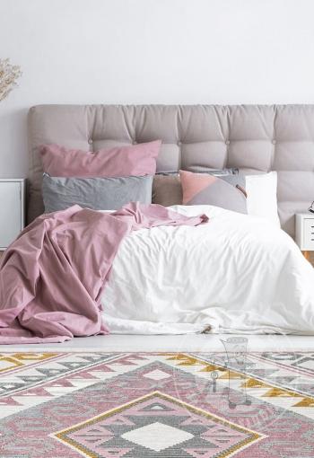 [koberec-arya-08-pink-yellow-5.jpg]